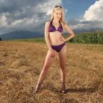 Ajda Sitar bikini shoot / Pilot