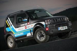 """Suzuki Jimny """"Nedeljski Dnevnik"""", za akcijo www.ocistimogore.si"""